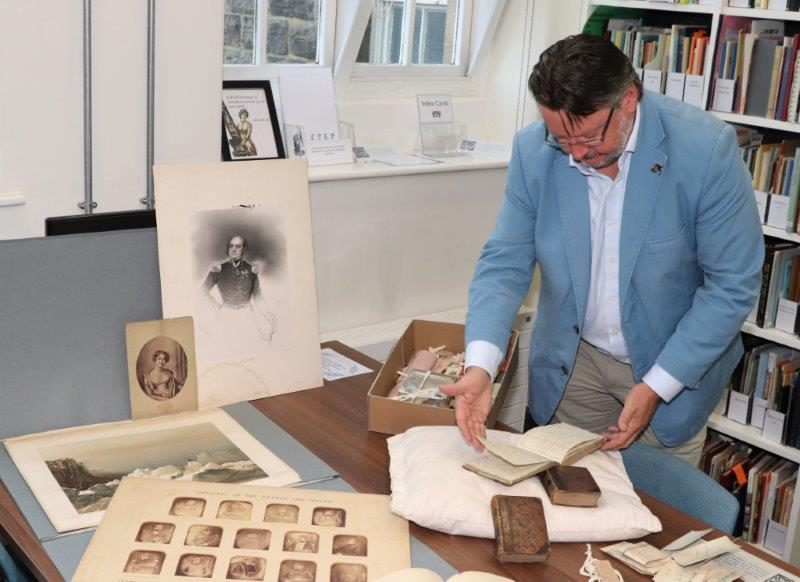 Barry Lewis looking at Franklin material